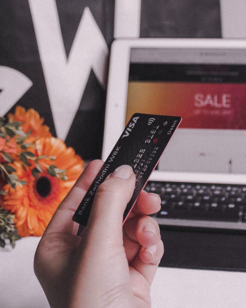 karta kredytowa zadłużenie