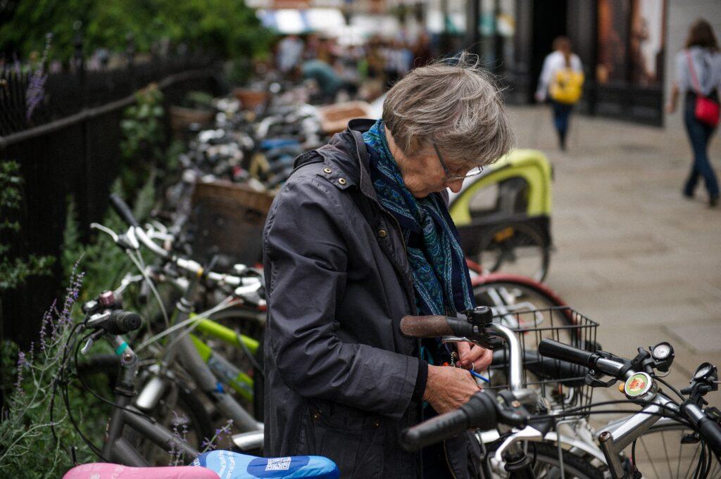 dofinansowanie do wynagrodzenia dla osób powyżej 50 roku życia