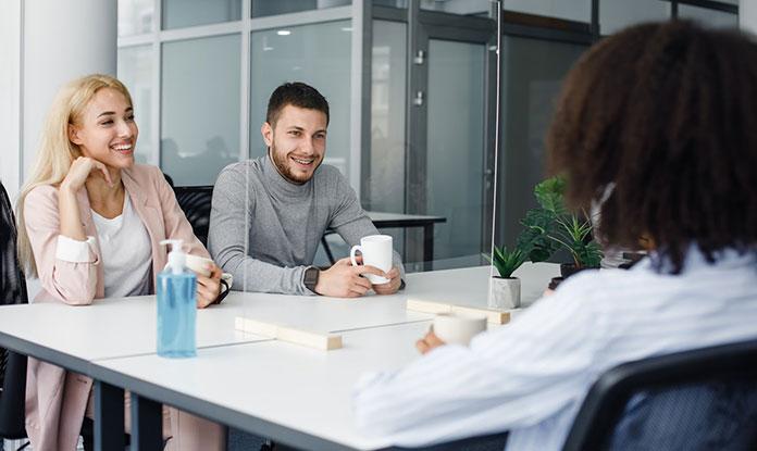 rozmowa z pracownikami